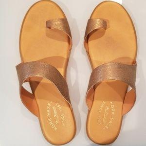 EUC gold Kork-ease sandal sz 9